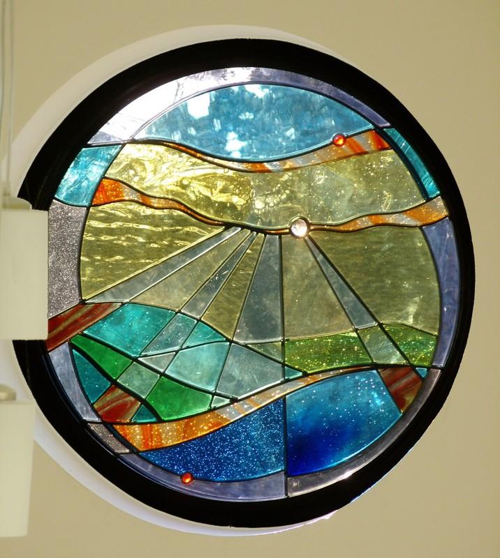 Hallway porthole window